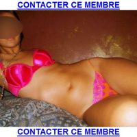 Webcam torride avec une brunette